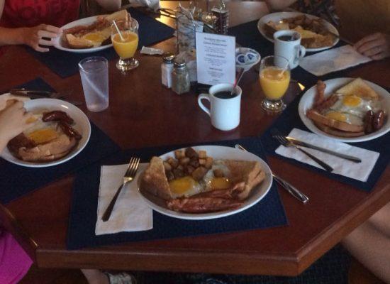 Breakfast canadien